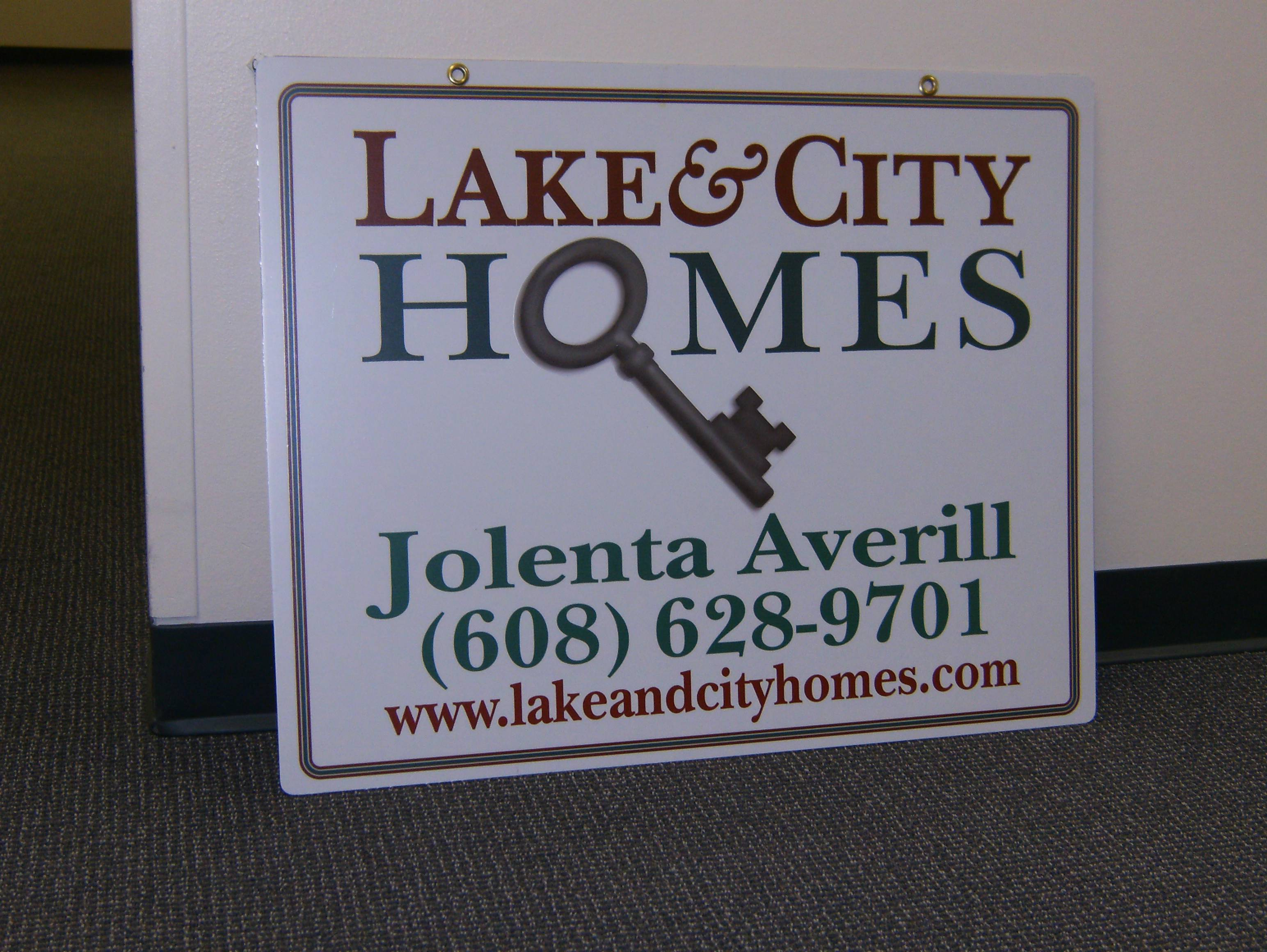 Lake & City Homes new yard sign