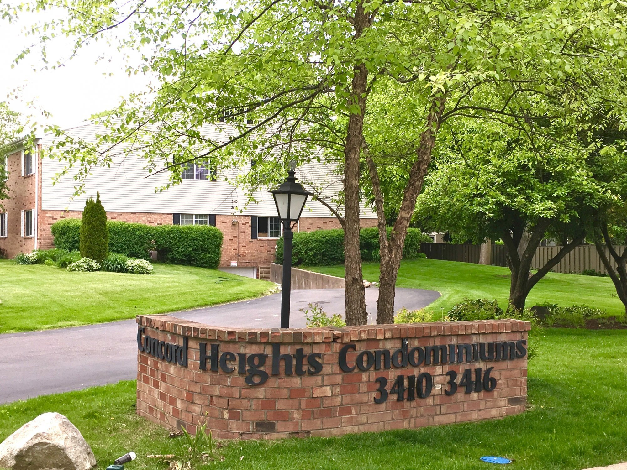 Concord Heights Condominiums Signage